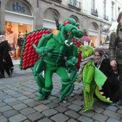 PARADES ÉPHÉMÈRES (costumes en ballons)