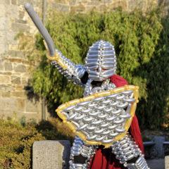 Costume de chevalier en ballons chrome